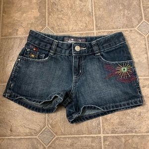 Other - Girls embroidered denim shorts